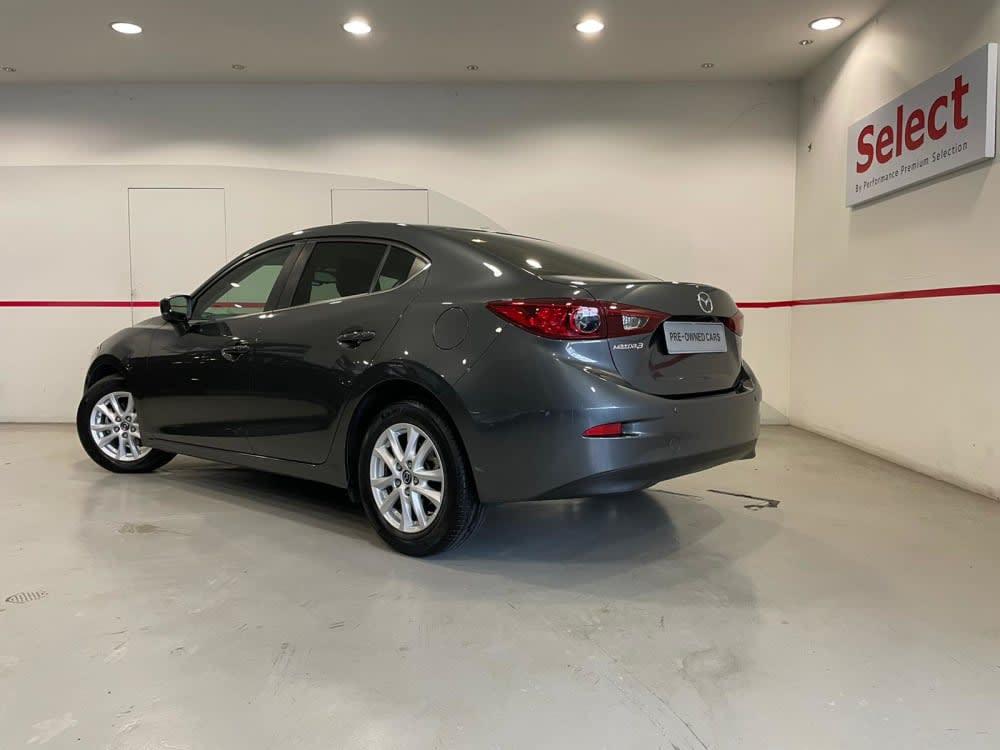 Mazda 3 SEDAN 1.5