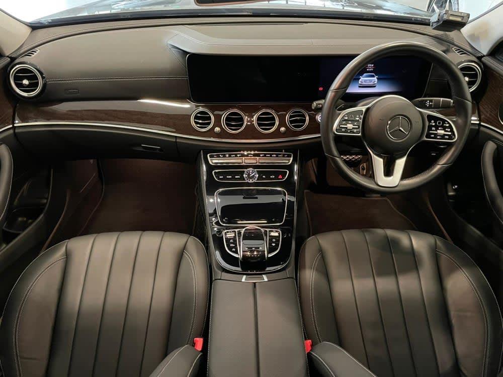 Mercedes Benz E200 SEDAN EXCLUSIVE(R18 LED)