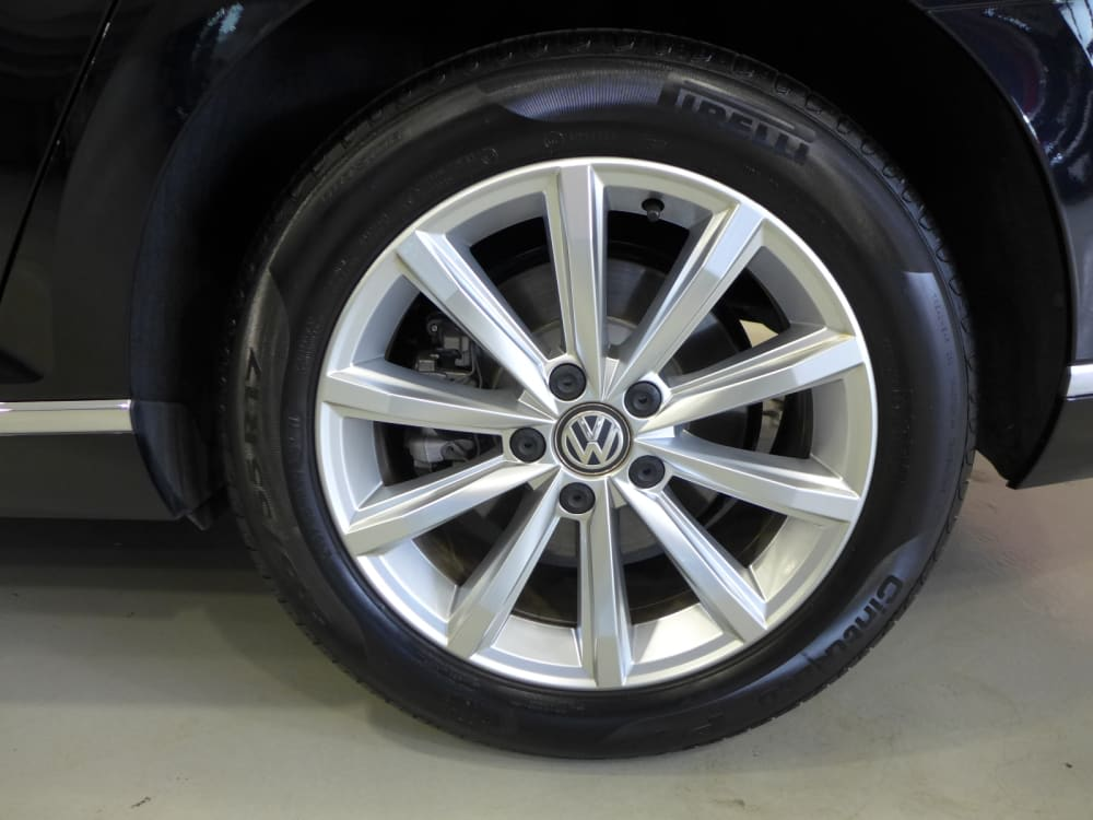 Volkswagen PASSAT B8 1.8 TFSI
