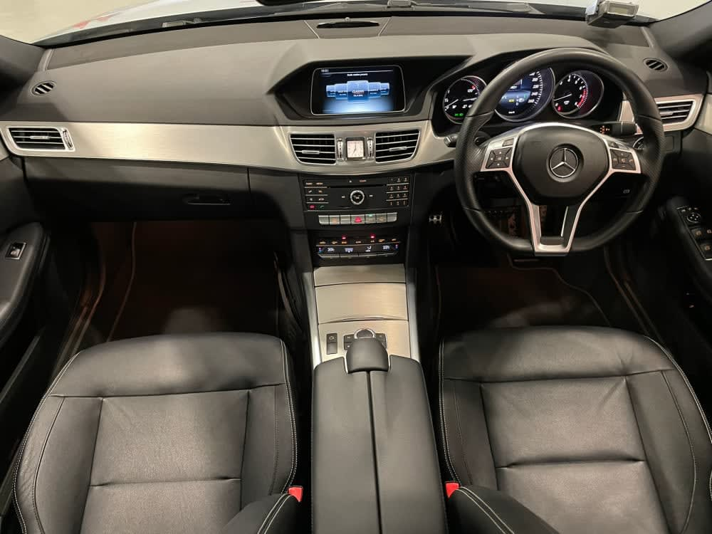Mercedes Benz E200 SEDAN EDITION E (R18 LED)