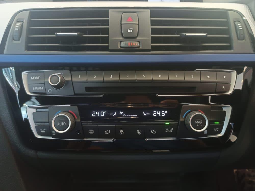 2018 BMW 330e