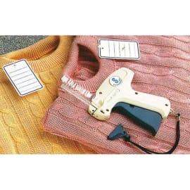 AVERY Boîte de 5000 attaches textiles en polypropylène pour pistolet, longueur 40 mm. photo du produit