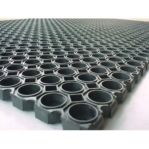 FLOORTEX Tapis Caillebotis Noir en caoutchouc d'intérieur et d'extérieur 100 x 150 cm épaisseur 22 mm photo du produit Principale L