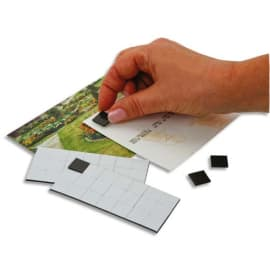 PAVO Sachet de 49 Carrés magnétiques adhésifs de1,5 cm, force 80g/cm2 photo du produit