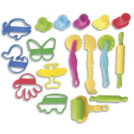 GRAINE CREATIVE 17 accessoires de modelages : rouleaux, spatules, emporte-pièces, seringues avec embouts. photo du produit