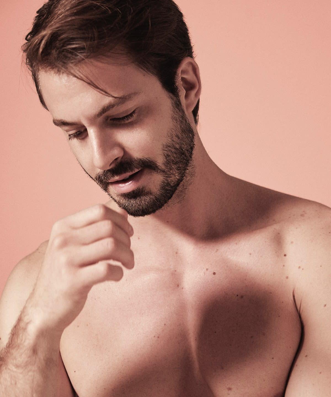 cum să întindeți ligamentele penisului proprietari de penisuri mari