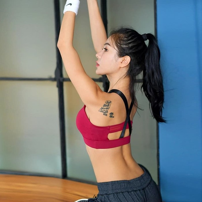 jual Bra Sport Olahraga gym Fitness Atasan Senam Yoga Tali Silang