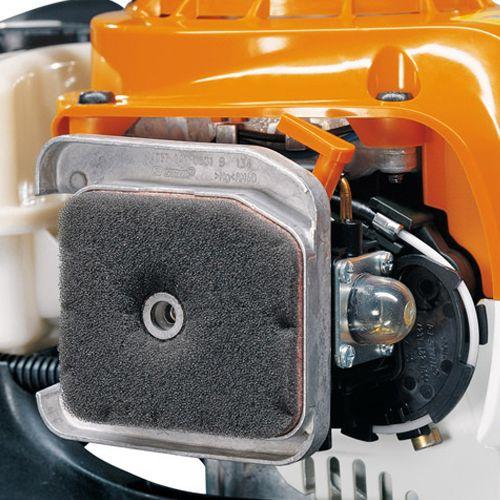 Taille-haie thermique Stihl HS 56 C-E 21,4 cm³ photo du produit Secondaire 1 L