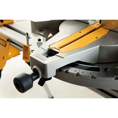Scie à onglets sur table supérieure 1600W 305 mm en boite carton - DEWALT - D27113 pas cher Secondaire 11 L
