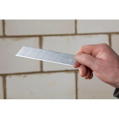 10 lames sécables de cutter 18 mm - STANLEY FATMAX - 2-11-718 pas cher Secondaire 1 L