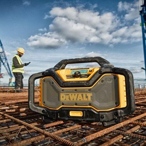 Radio chargeur XR 12/18V/54V (machine seule) en boîte carton - DEWALT - DCR027 pas cher Secondaire 4 L