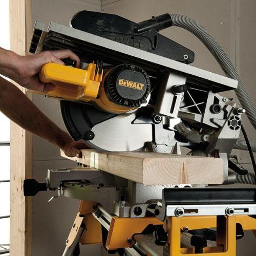 Scie à onglets sur table supérieure 1600W 305 mm en boite carton - DEWALT - D27113 pas cher Secondaire 4 L