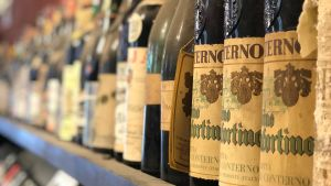 Pre-purchase know-how for a good aged wine experience