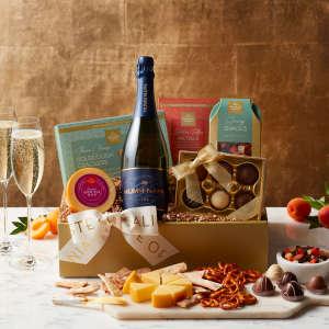 Mumm Napa Sparkling Wine & Snacks in Gift Box