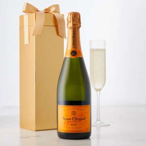 Veuve Clicquot Yellow Label in a Gift Box