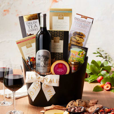 Silver Oak Alexander Valley Wine Gift Basket