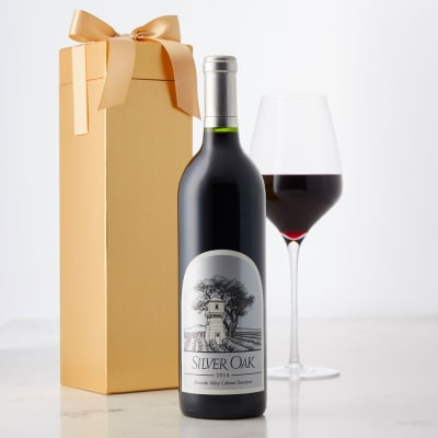 Silver Oak Alexander Valley Cabernet Sauvignon in Gift Box