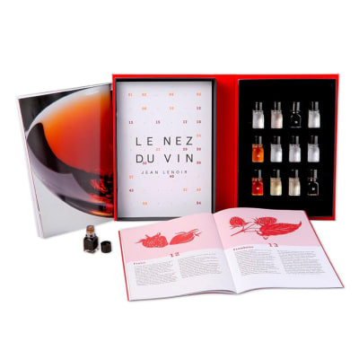 Learn to Identify the Main 12 Aromas in Red Wine