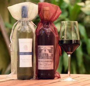 International Wine of the Month Club gift presentation