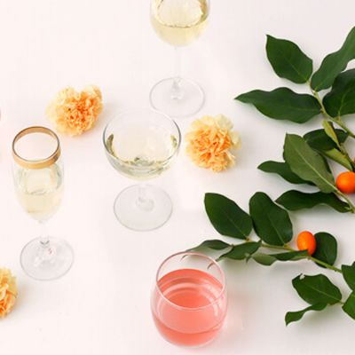Wine Gift Idea: Bubbles & Rosé Wine Club from Vinely Market