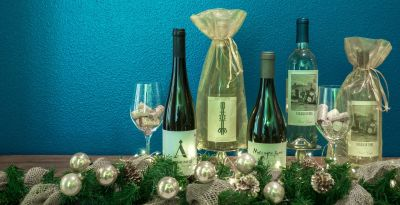 1 Best Corporate White Wine Gifts for Wine Lovers in 2019