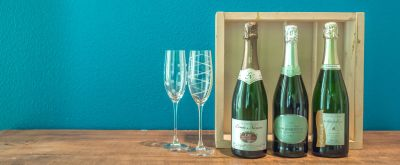 Sparkling Wine Gifts: 24 Sparkling to Give Wine Lovers