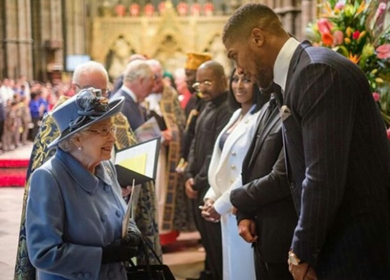 Anthony Joshua Self-Isolating After Contact With Prince Charles