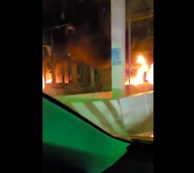 Lekki Tollgate On Fire After Secuity Agents Reportedly Kill EndSARS Protesters