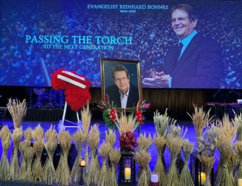 Funeral Service For Reinhard Bonke In Florida Draws Thousands