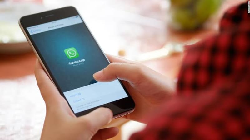COVID-19: Whatsapp Tightens Limits On Message Forwarding To Counter Fake News