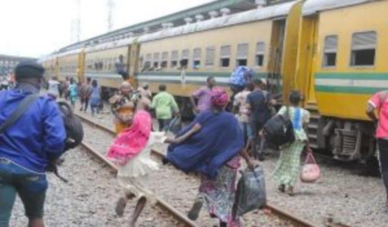 abuja-kaduna train service generates n100m monthly