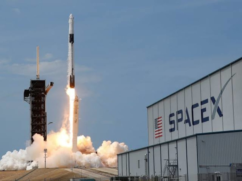 SpaceX In Talks With NCC To Bring Satellite-Based Broadband Internet To Nigeria