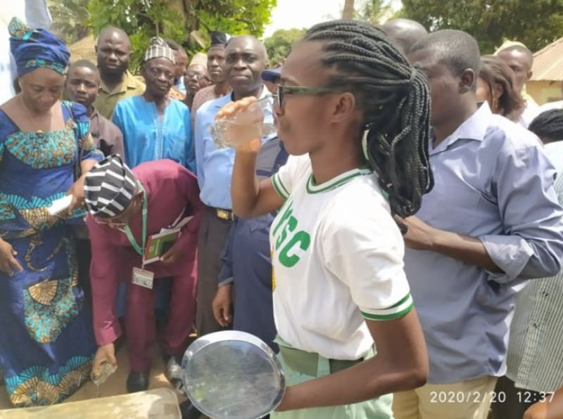 Benue Community Gifts 80 Tubers Of Yam To A Corper (Video)
