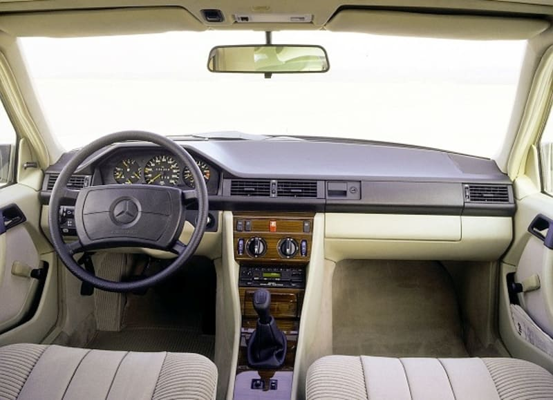 Mercedes Benz W124 Popularly Known As 'V-Boot' Is 35 Years Old