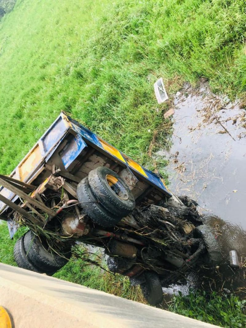 Truck Plunges Into Epe River In Lagos, 2 Corpses Recovered