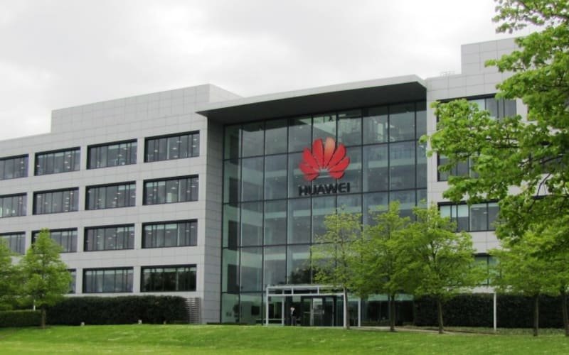 Huawei To Give $286 Million In Staff Bonuses For Helping During US Trade Dispute