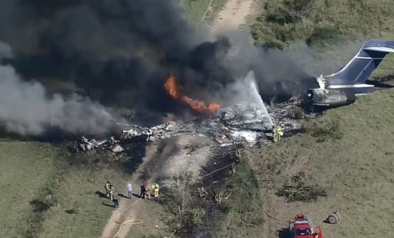 Plane Crashes In Waller County, Texas. All 21 Passengers Safe (Video)