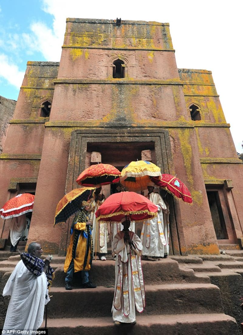 Amazing Ancient Ethiopian Churches Carved Out Of Rocks