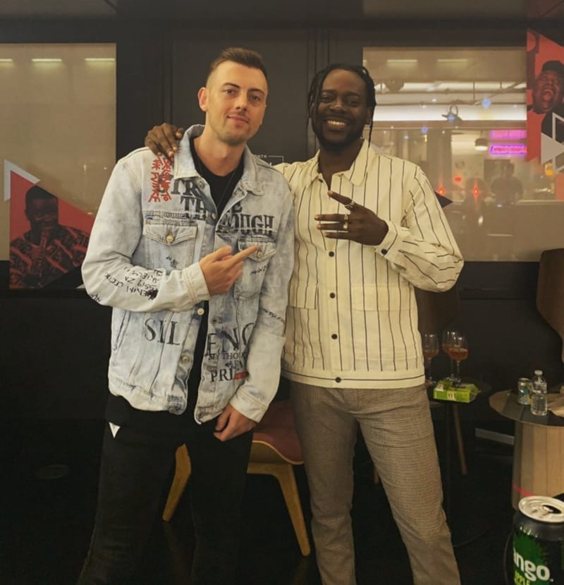 adekunle gold rocks new hairstyle to the pre-listening of his new album