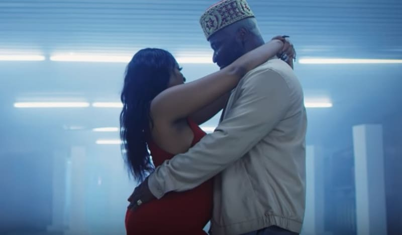 Harrysong Proposes To His Lover (Video)