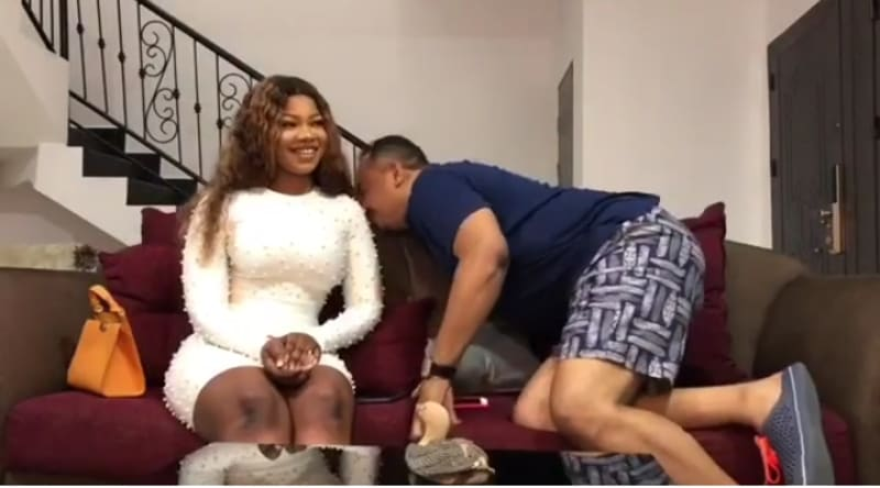 Daddy Freeze Smelt Tacha To Confirm If She Really Has Body Odour