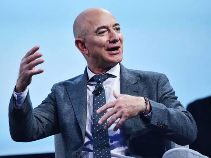 Thousands Sign Petition To Stop Amazon's Jeff Bezos From Returning To Earth