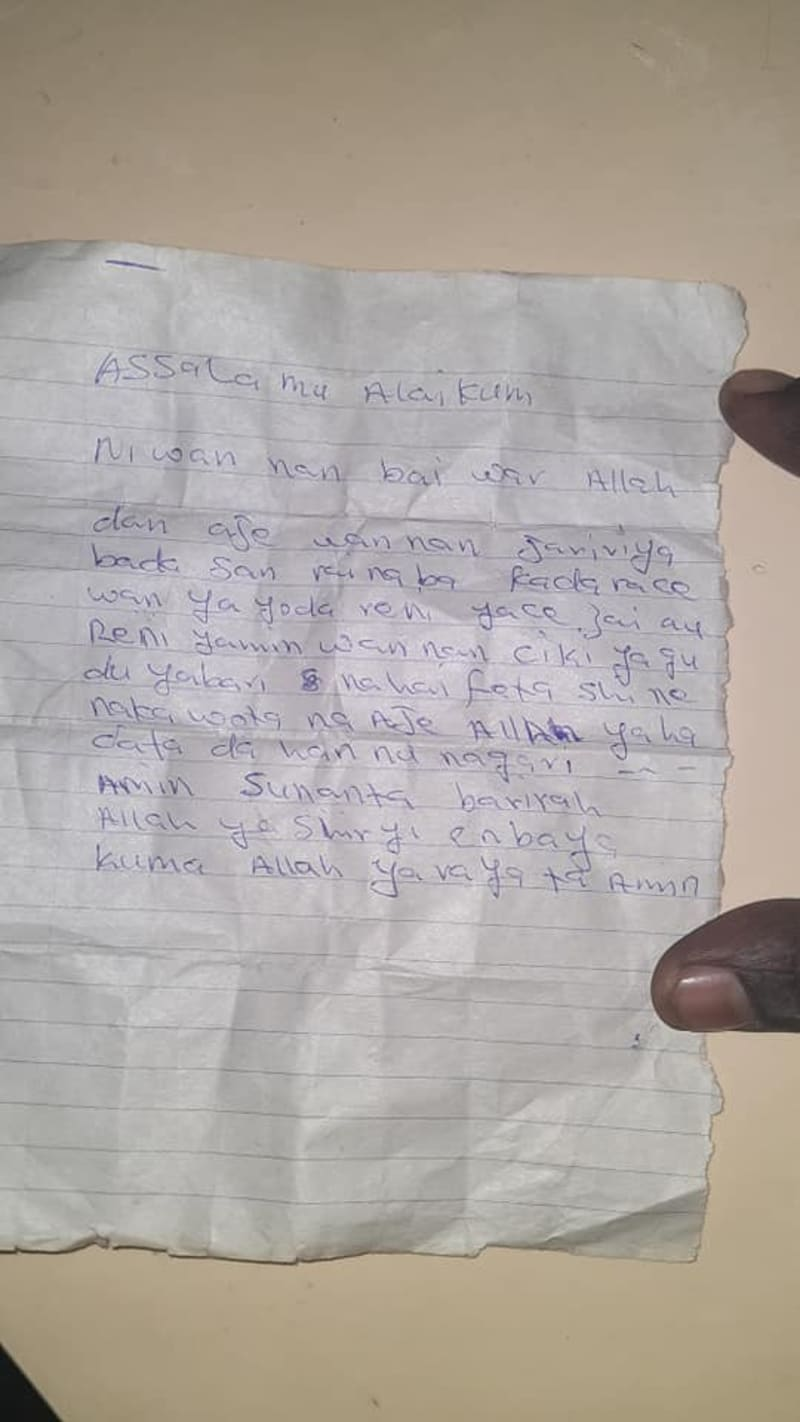 Mother Dumps Her Newborn Baby With A Written Note