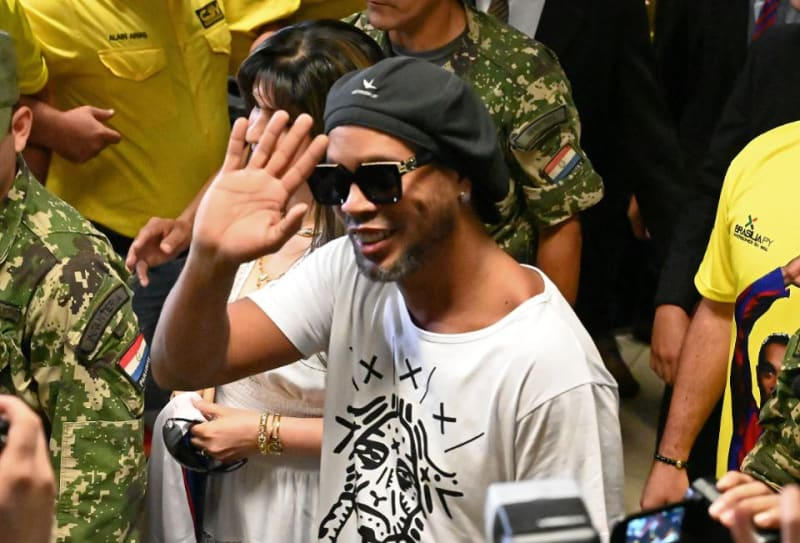 Ronaldinho Released From Paraguayan Prison (Photos)