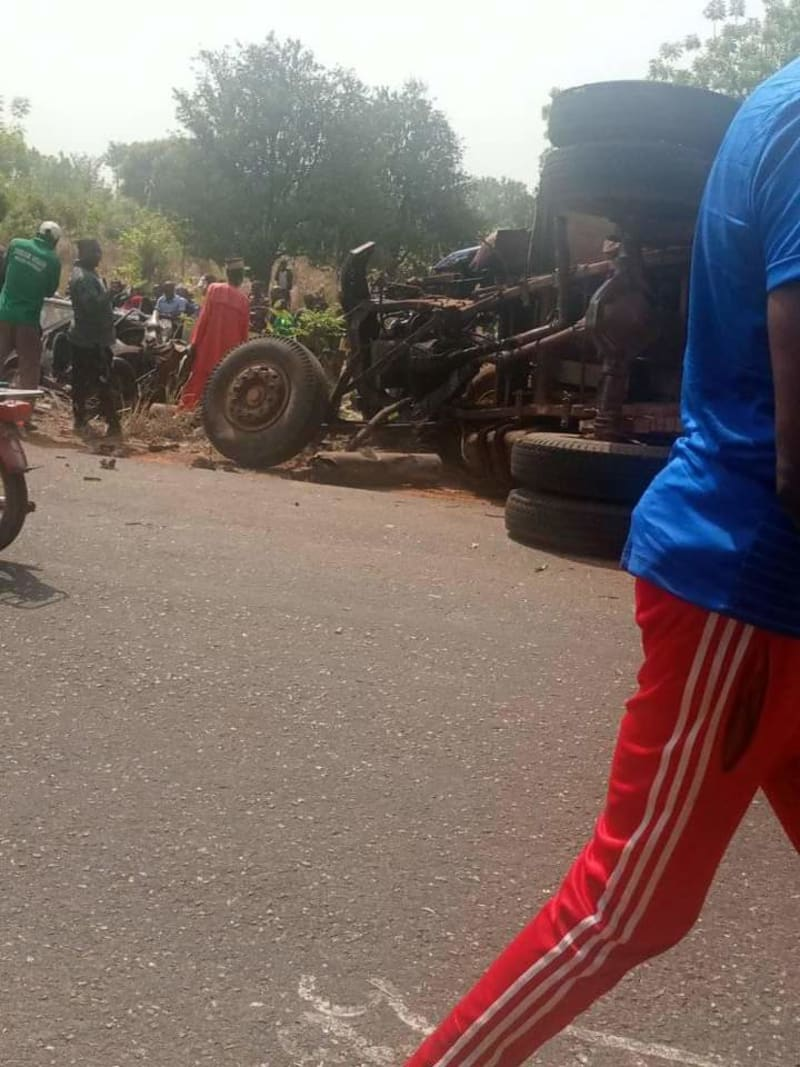 Mother, 3 Kids, 10 Others Crushed To Death In Road Auto Crash (Graphic pics)