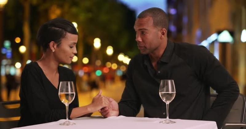 6 Things Guys Should Never Try On A First Date