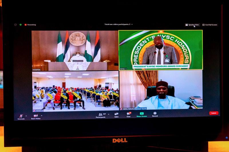 Buhari Offers Employment, Scholarship & Cash Reward To 110 NYSC Honours Awardees