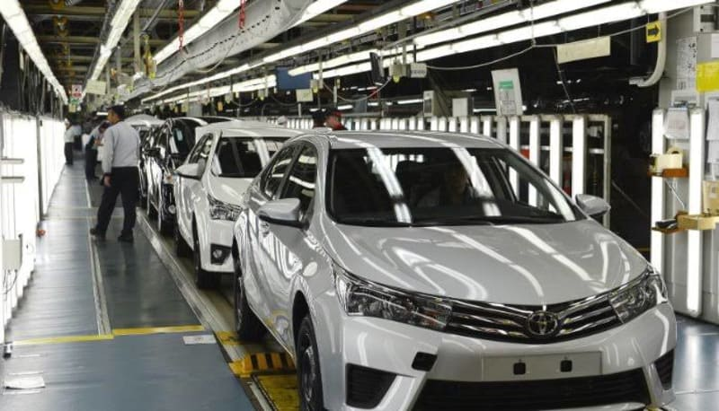 Toyota To Cut Global Production By 40%