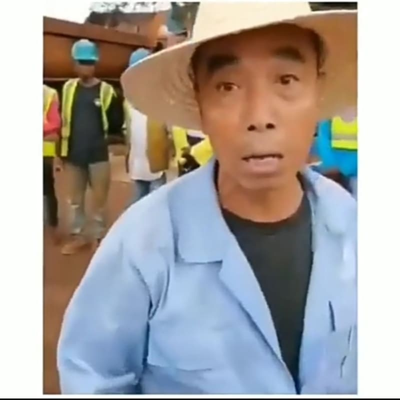 Sierra Leonean Safety Officer Fights Back After A Chinese Miner Attacked Him