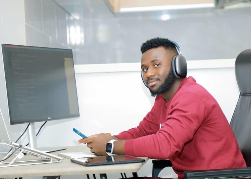 24-Year-Old Nigerian Secures $1m To Build The Paypal For Africa